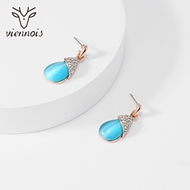 Picture of Classic Medium Stud Earrings with Fast Delivery
