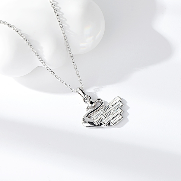 Picture of Hypoallergenic White Small Pendant Necklace with Easy Return