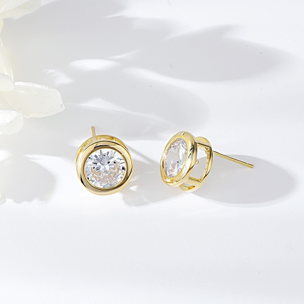 Picture of Fast Selling White Cubic Zirconia Stud Earrings from Editor Picks