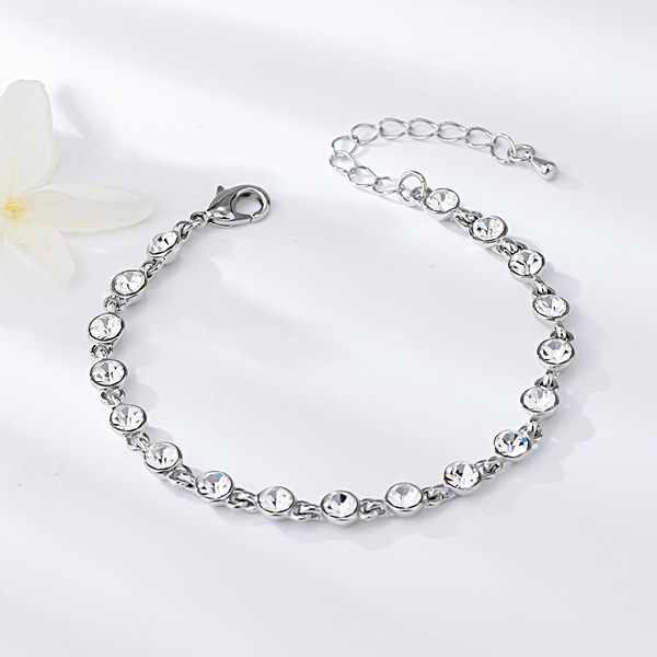 Picture of Fast Selling White Zinc Alloy Fashion Bracelet For Your Occasions