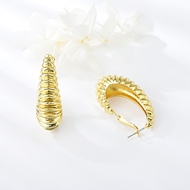 Picture of Dubai Zinc Alloy Small Hoop Earrings at Unbeatable Price