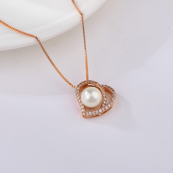 Picture of Zinc Alloy Classic Pendant Necklace at Unbeatable Price